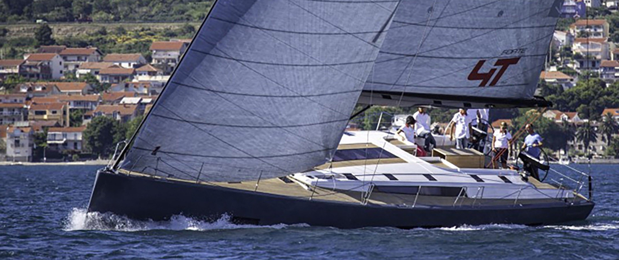 Salona 650 sailing